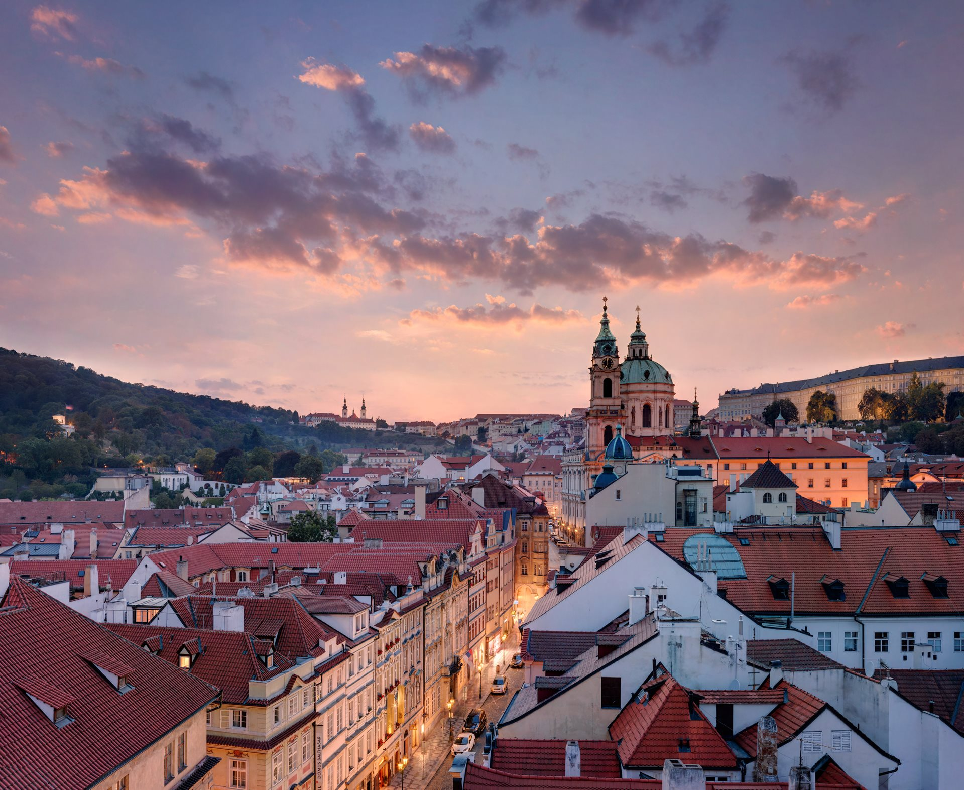 'At Home in Prague' campaign full of benefits