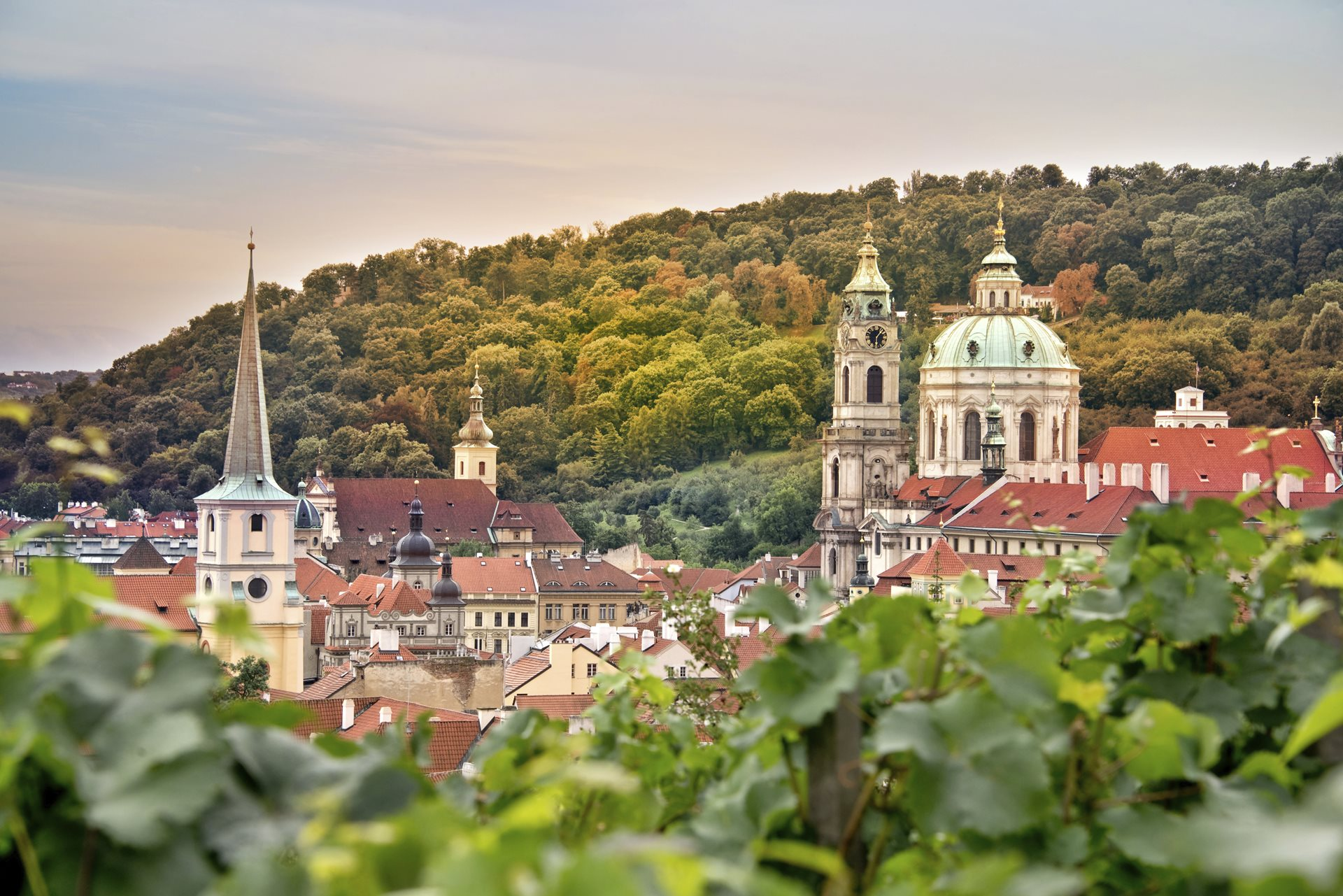 Prague in TOP 10 destinations with cheap and high-quality accommodation