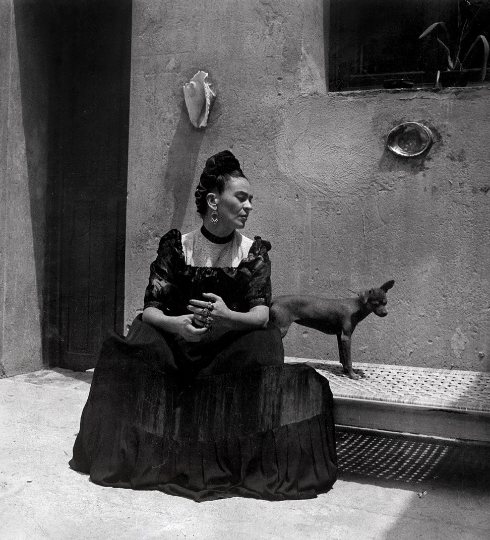 Frida Kahlo: Her Photographs