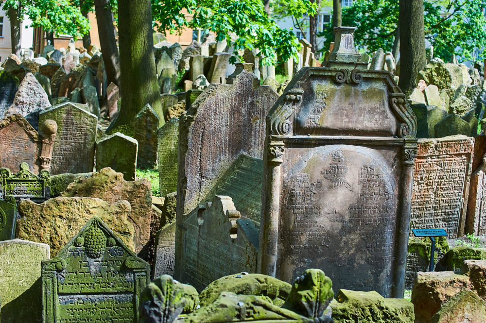 Old Jewish Cemetry Prague