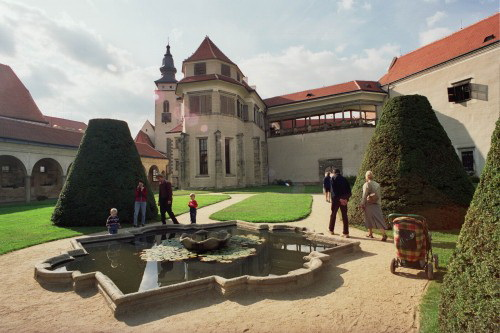 Chateau garden in Telč
