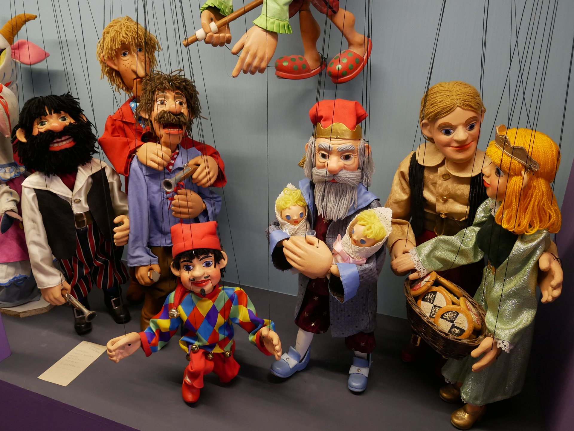 The Kingdom of Puppets – 100 Years